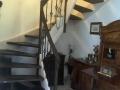 Treppe mit Hartwachsöl weiß & braun neu ölen, schmiedeeiserne Stäbe