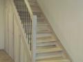 eingestemmt, Esche Hartwachsöl weiß, Stufenfolien, nach unten mit 3 Türen geschlossen