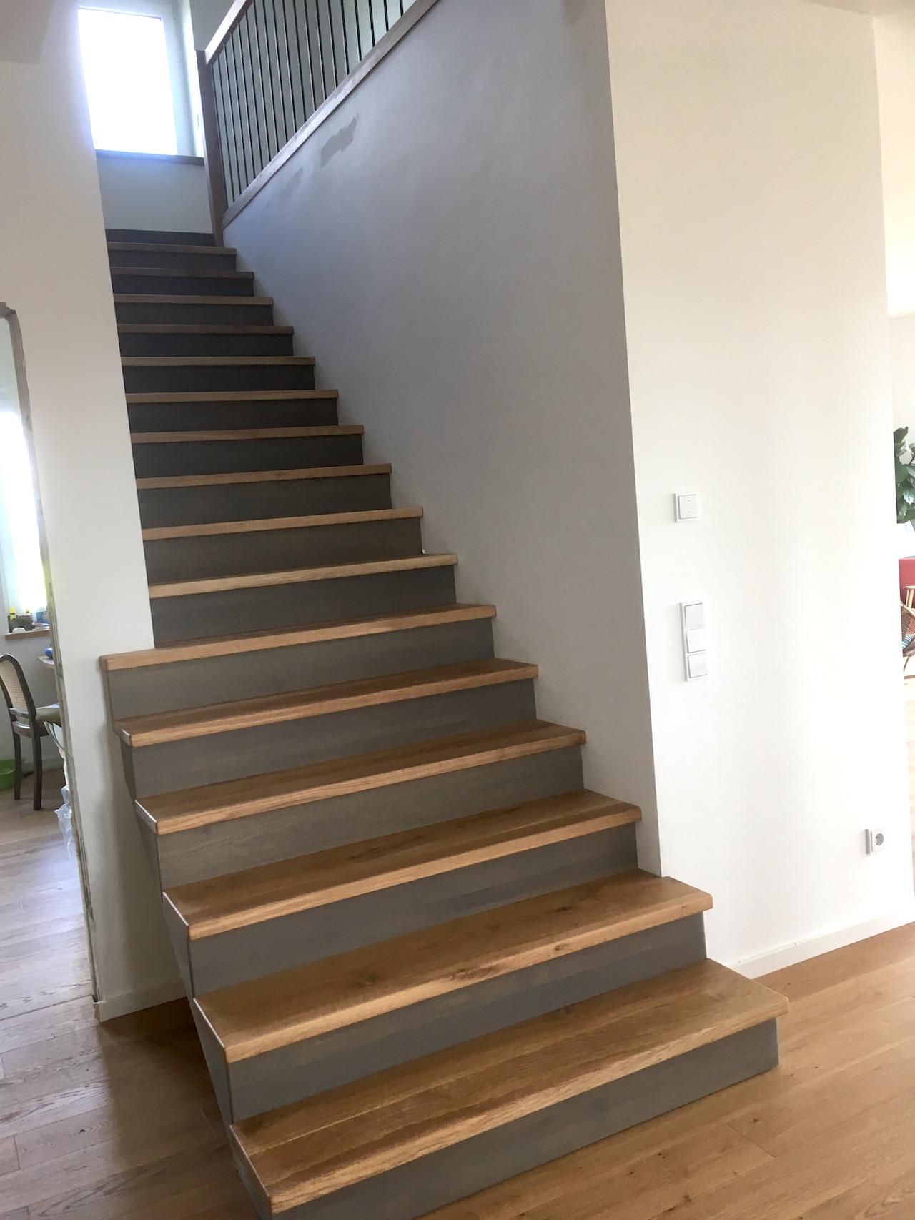stufen auf betontreppe ihre treppenbau firma aus rostock. Black Bedroom Furniture Sets. Home Design Ideas