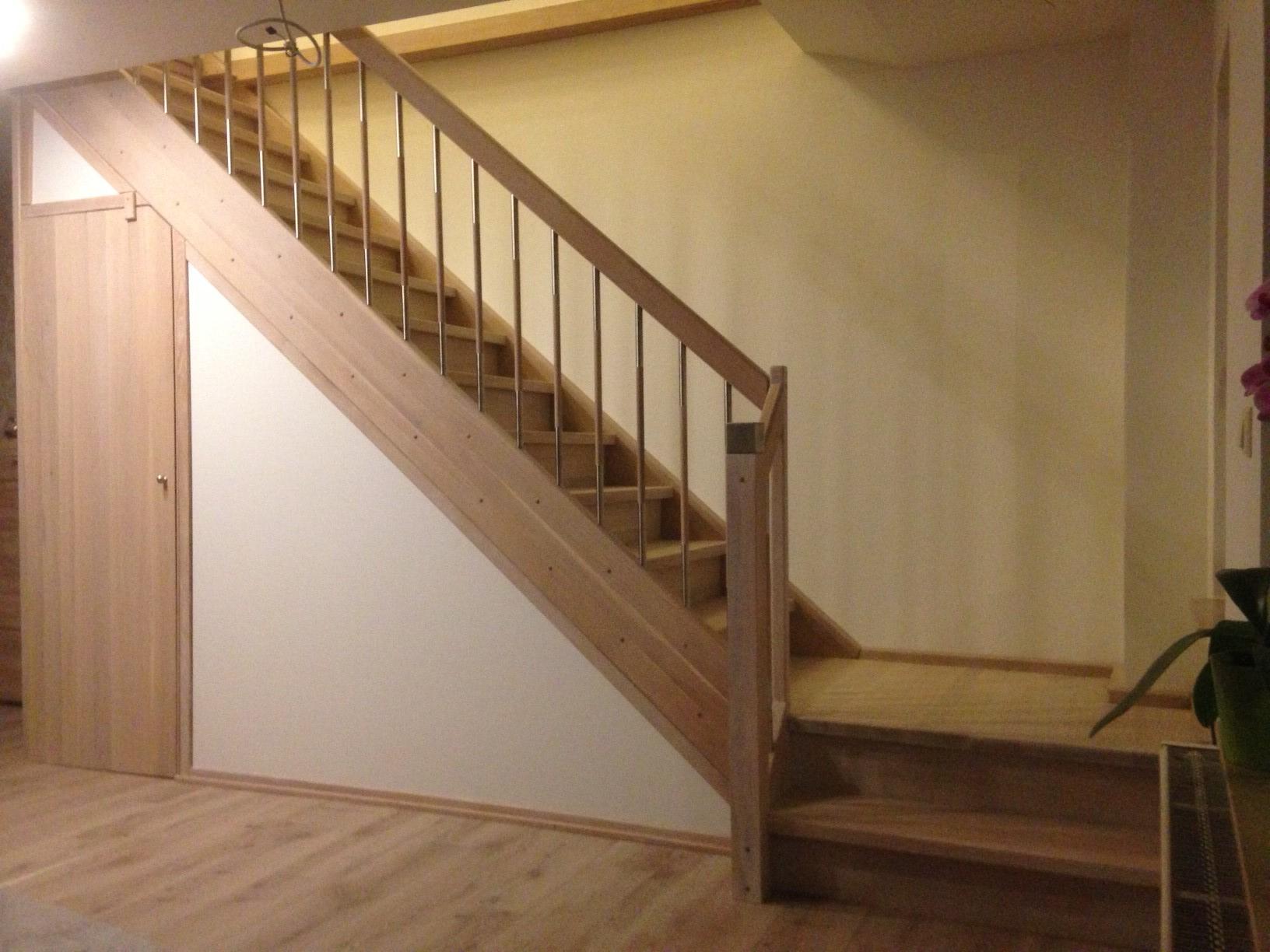 Treppenunterbau U A Treppen Linke Elmenhorst